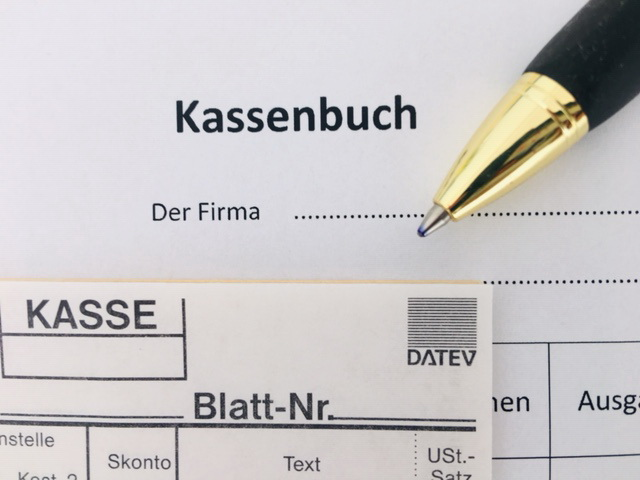 Quy định của Đức về thực hiện KASSENBUCH