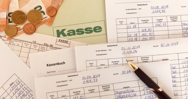 Thực hiện Kassenbuch -  Một sơ suất nhỏ, hậu quả tài chính lớn.