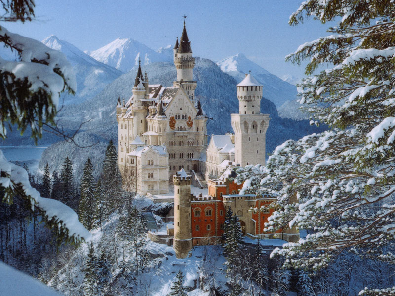 Neuschwanstein lâu đài của những câu chuyện cổ tích.